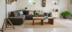 A living room for movers Englewood NJ to relocate.