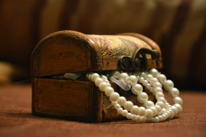 One of the most important tips for moving valuable items - Get additional insurance!