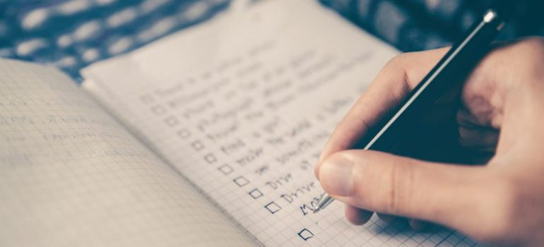 A checklist to help pack an entire household in two days