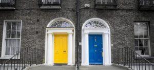 -neighboor doors