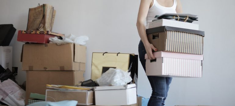 A woman packing her things