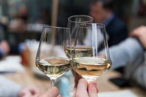 white wine - housewarming party ideas for spring