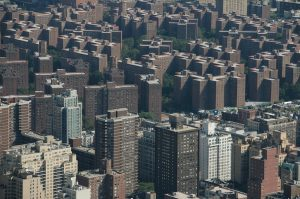 There are a lot of things to watch out for when buying an apartment in Bronx.